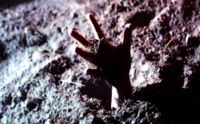 Buried Hand 02