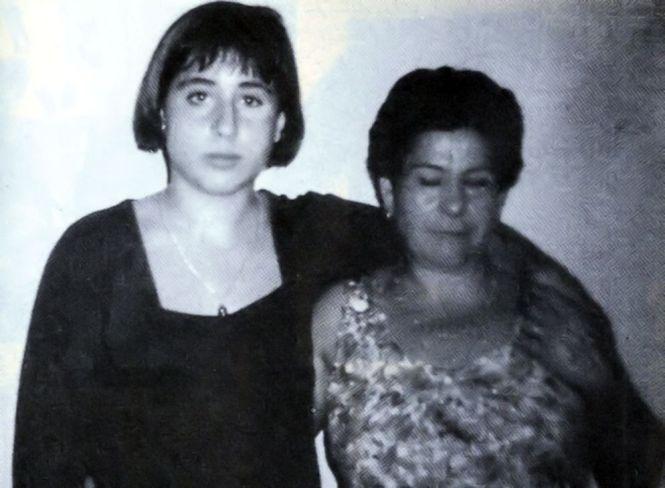 Toñi Y Luisa 01